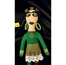 Frida Kahlo – filcowa lalka zielona. Ręcznie robiona.