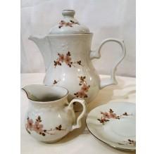 "Dekoracyjny komplet: dzbanek i mlecznik z porcelany ""Karolina"""