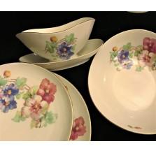Zestaw porcelany Chodzież z kwiatowym motywem