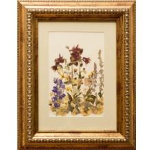 """Obraz """"Kompozycja kwiatowa III"""". Technika własna: wyklejanie z płatków kwiatów."""