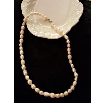 Perły – naszyjnik z hodowlanych pereł