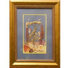 """Obraz """"Kompozycja kwiatowa V"""". Technika własna: wyklejanie z płatków kwiatów."""