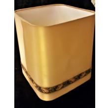 Złoty abażur z aplikacją do starej lampy. Antyk.